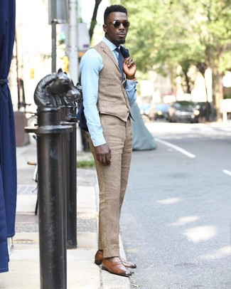How to wear: navy blazer, tan waistcoat, light blue dress shirt, khaki linen dress pants
