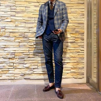 How to wear: navy plaid blazer, navy waistcoat, white dress shirt, navy jeans