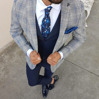 How to Wear a Navy Floral Tie For Men: For an ensemble that's refined and envy-worthy, wear a grey plaid blazer with a navy floral tie. If you want to instantly step up your outfit with one single piece, why not complete this outfit with a pair of navy leather oxford shoes?