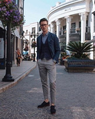 How to Wear a Navy Blazer For Men: This pairing of a navy blazer and grey chinos is hard proof that a simple ensemble doesn't have to be boring. And if you want to effortlessly elevate your ensemble with a pair of shoes, add a pair of navy suede double monks to the mix.