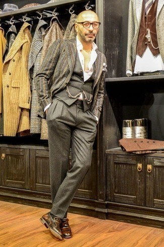 How to Wear a Grey Waistcoat: Pair a grey waistcoat with grey dress pants for a proper elegant ensemble. Does this ensemble feel all-too-classic? Let a pair of brown fringe leather loafers shake things up.