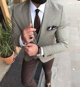 How to Wear a Dark Brown Tie For Men: This is indisputable proof that a beige check blazer and a dark brown tie are awesome when paired together in a classy look for a modern man. When it comes to shoes, add a pair of brown leather double monks to this ensemble.