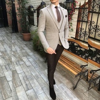 Dark Brown Dress Pants Fall Outfits For Men: Combining a beige blazer and dark brown dress pants will be definitive proof of your sartorial savvy. Black suede chelsea boots will bring a more relaxed twist to an otherwise all-too-safe ensemble. A knockout outfit that will take you from summer to fall like this one makes it very easy to welcome the new season.
