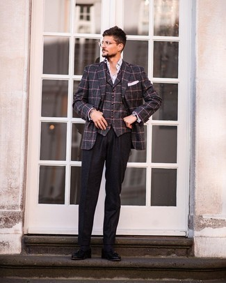 Black Wool Dress Pants Outfits For Men: A charcoal check wool blazer and black wool dress pants are a really sharp outfit for you to try. Complement your outfit with a pair of black leather tassel loafers and off you go looking incredible.