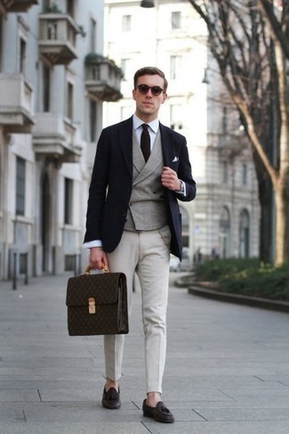 Jacket Outfits For Men: For a winning smart casual option, you can rely on this pairing of a jacket and white chinos. And if you want to instantly ramp up your look with one single item, complete your ensemble with dark brown leather tassel loafers.