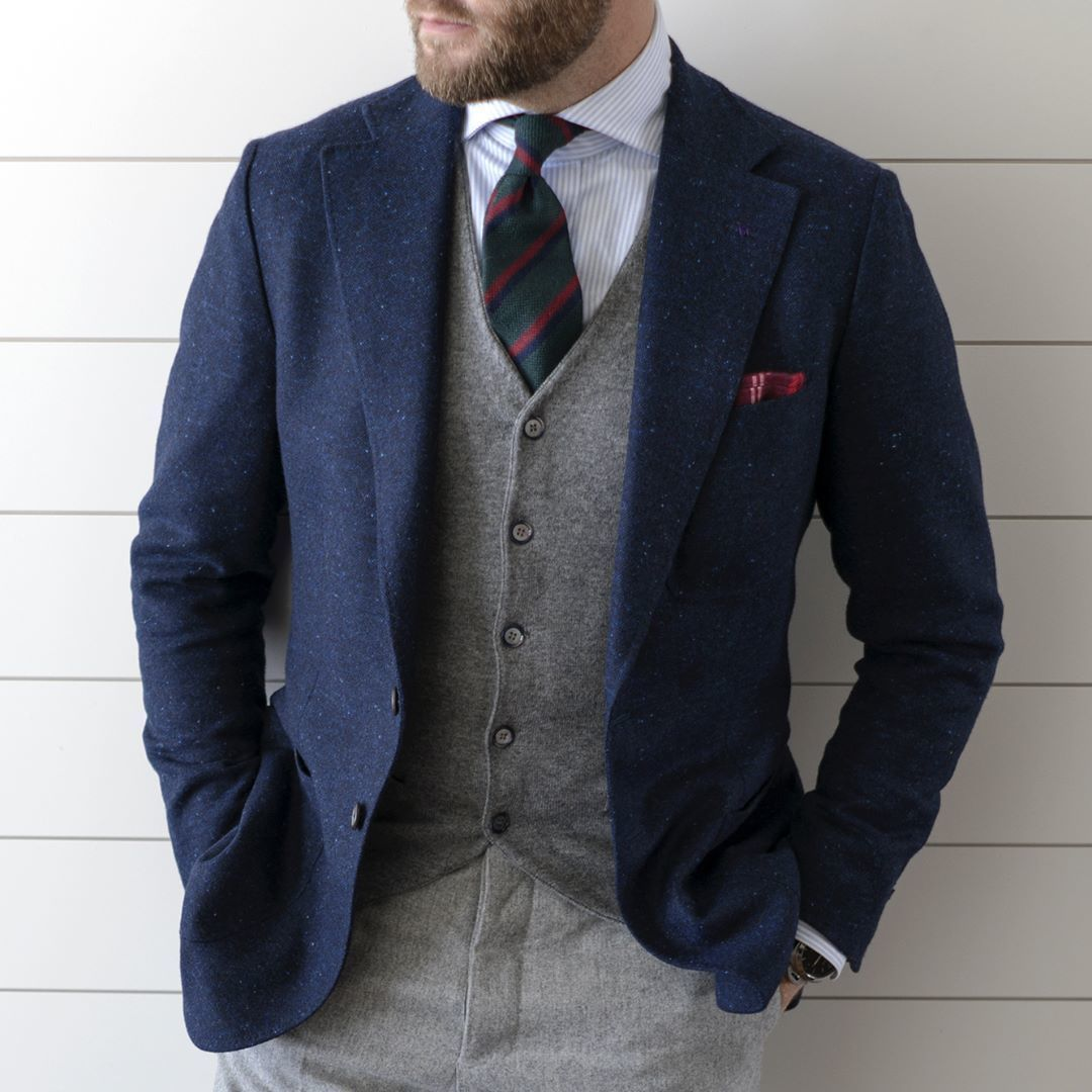 How To Wear Grey Dress Pants With a White and Navy Dress Shirt ...