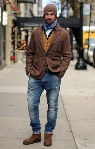 How to wear: brown plaid wool blazer, mustard wool waistcoat, black check long sleeve shirt, white crew-neck t-shirt