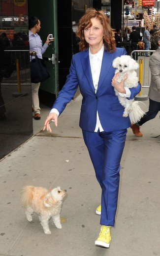 Blue blazer white dress shirt blue dress pants yellow high top sneakers large 13342
