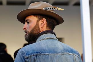 contrast strap hat