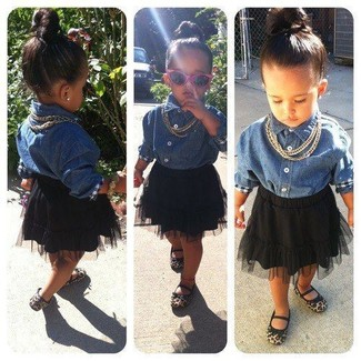 How to wear: blue denim long sleeve shirt, black tulle skirt, tan ballet flats