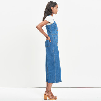 How to wear: blue denim overall dress, white crew-neck t-shirt, tan leather heeled sandals