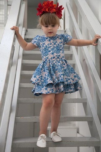 Girls' Looks & Outfits: What To Wear In a Dressy Way: Suggest that your little princess go for blue floral dress to create a smart casual look. White oxford shoes are a good choice to round off this look.