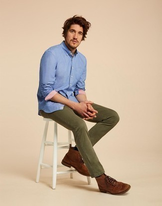 How to Wear Brown Leather Brogues: Extremely stylish and practical, this relaxed casual combination of a blue long sleeve shirt and olive jeans will provide you with variety. You can take a classic approach with shoes and add brown leather brogues to the mix.