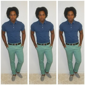 A blue polo and mint chinos are great staples that will integrate perfectly within your current looks. Espadrilles look awesome here. No doubt, you're looking at a wonderful idea for a summer afternoon.
