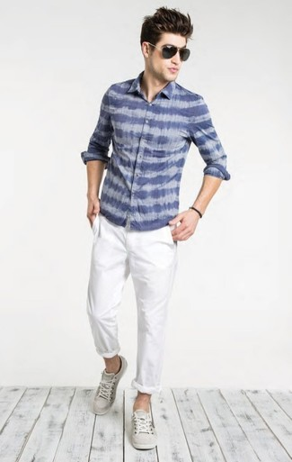 How to Wear a Blue Print Long Sleeve Shirt For Men: A blue print long sleeve shirt and white chinos worn together are a perfect match. Let your sartorial prowess truly shine by finishing this getup with grey low top sneakers.