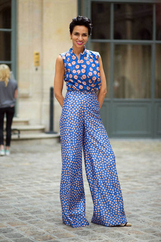 How to wear: blue print sleeveless top, blue print wide leg pants