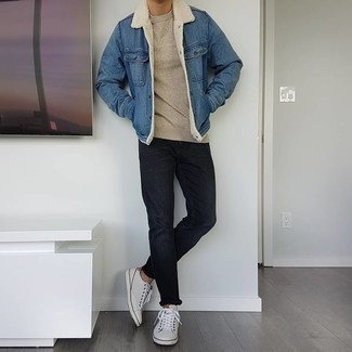 Shearling Jacket Outfits For Men: If you're seeking to take your off-duty game to a new level, consider wearing a shearling jacket and black jeans. Why not complete your ensemble with a pair of white leather low top sneakers for a more laid-back feel?