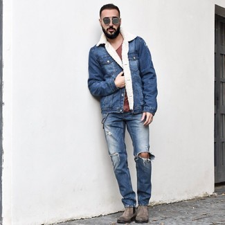 How to wear: blue denim shearling jacket, burgundy crew-neck t-shirt, blue ripped jeans, grey suede chelsea boots