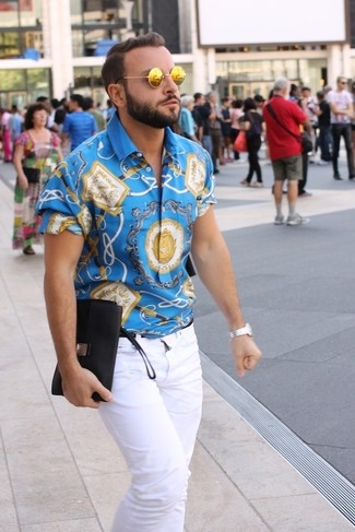 How to wear: blue print short sleeve shirt, white jeans, gold sunglasses, silver watch