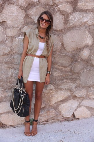 Rock a white bodycon dress with a tan sleeveless button down shirt to demonstrate you've got serious styling prowess. A pair of brown leather heeled sandals adds more polish to your overall look. This combination has all the makings of your summertime go-to.
