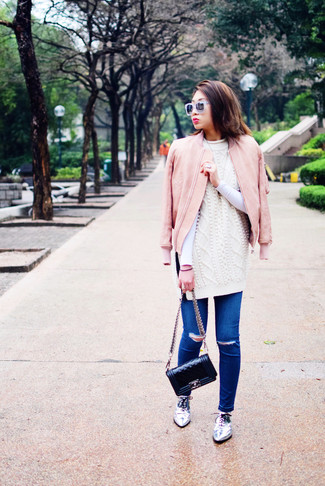 Try teaming a pink leather bomber jacket with blue ripped skinny jeans for comfortdressing from head to toe. Add silver leather oxford shoes to your look for an instant style upgrade. Spring calls for seriously stylish combos just like this one.