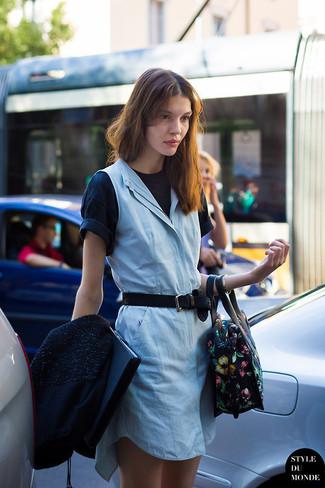 How to wear: black bomber jacket, light blue casual dress, black crew-neck t-shirt, black floral leather satchel bag