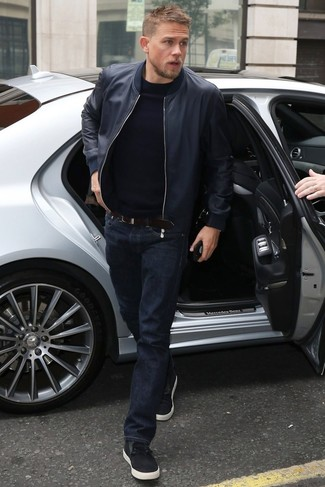 Consider wearing a Michael Kors Michl Kors Leather Moto Jacket and navy jeans for a refined yet off-duty ensemble. This look is complemented perfectly with black low top sneakers. As you can see, it's so easy to look awesome and stay warm come chillier weather, thanks to this getup.