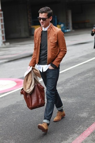 Reach for a brown leather bomber and charcoal jeans to get a laid-back yet stylish look. Feeling inventive? Complement your outfit with khaki suede derby shoes.