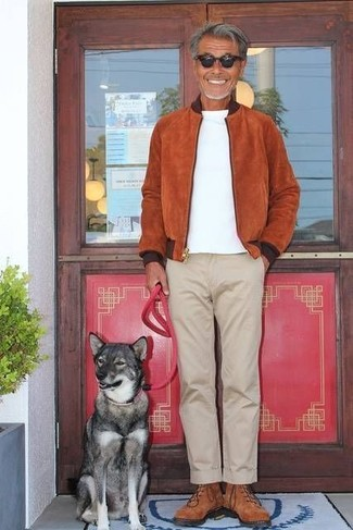 How to wear: tobacco suede bomber jacket, white crew-neck t-shirt, beige chinos, brown suede high top sneakers