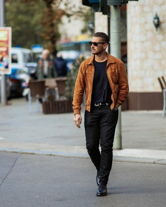 How to wear: tobacco suede bomber jacket, black crew-neck t-shirt, black chinos, black leather casual boots