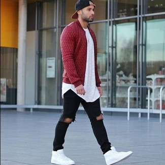 A red quilted bomber jacket and a men's Beentrill Hats is a nice pairing worth integrating into your wardrobe. Choose a pair of white leather high top sneakers for a more relaxed aesthetic. As you can imagine, this is a neat idea when spring comes.
