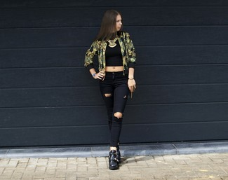How to Wear a Gold Bomber Jacket For Women: This casual combination of a gold bomber jacket and black ripped skinny jeans can only be described as strikingly stylish. If you want to immediately perk up this look with one single item, why not introduce black leather ankle boots to the mix?