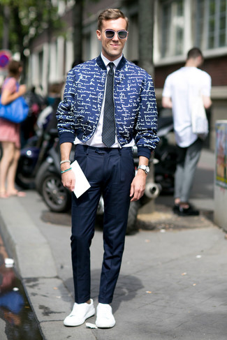 Which Bomber Jacket To Wear With Navy Dress Pants For Men: Go for something sharp yet trendy in a bomber jacket and navy dress pants. And if you want to immediately dial down your ensemble with shoes, why not enter white athletic shoes into the equation?