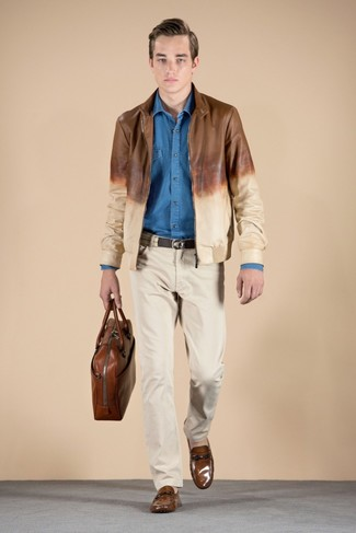A brown leather bomber jacket and beige chinos is a savvy pairing to add to your casual lineup. Brown leather loafers will bring a classic aesthetic to the outfit. Can you see how very easy it is to look stylish and stay cozy when fall arrives, all thanks to ensembles like this one?