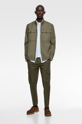 Olive Bomber Jacket Outfits For Men: This combo of an olive bomber jacket and olive cargo pants is on the casual side but also ensures that you look dapper and incredibly sharp. Tap into some Ryan Gosling stylishness and spruce up your look with brown suede desert boots.