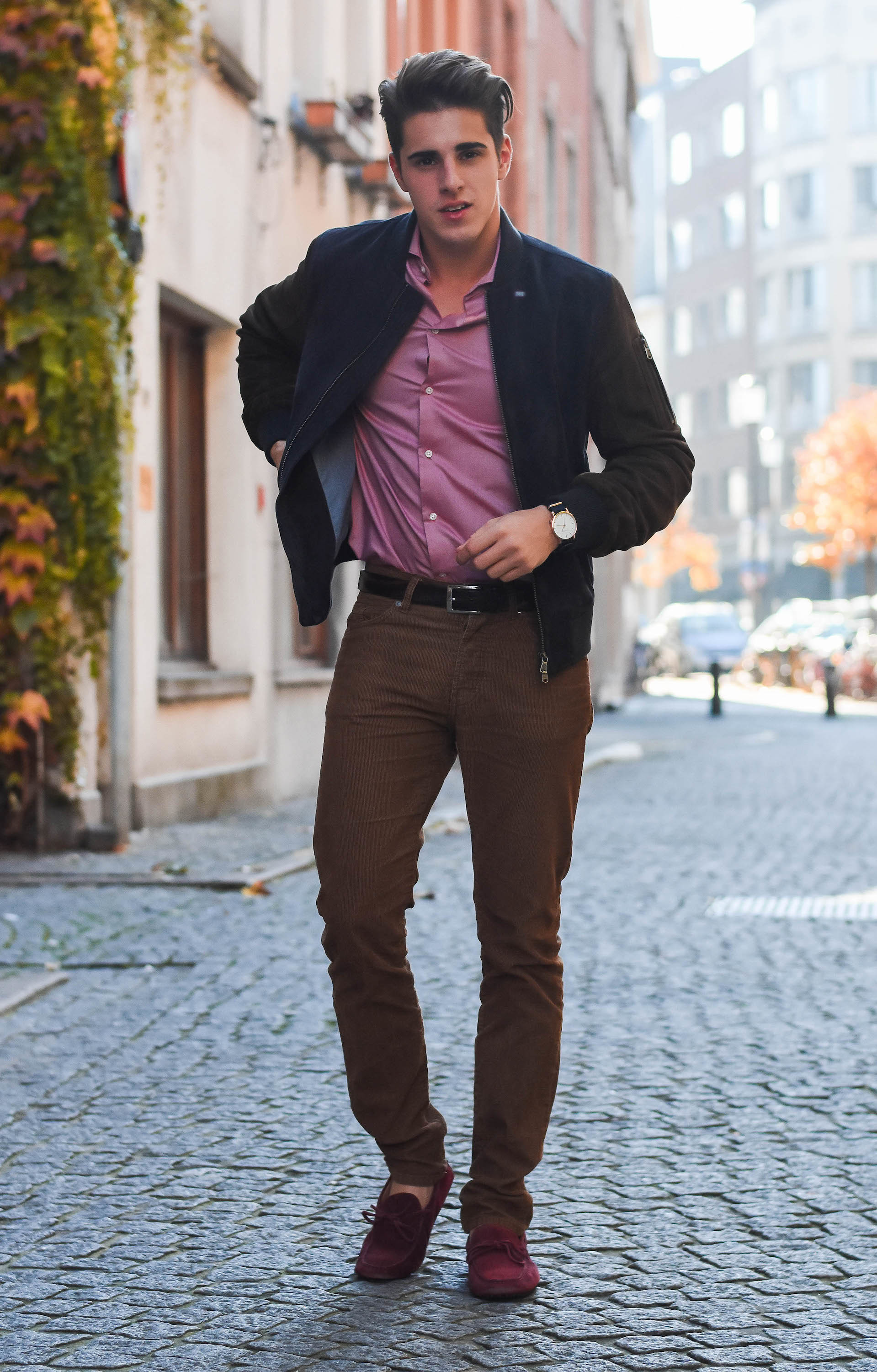 Casual Shoes To Wear With Button Down Shirt