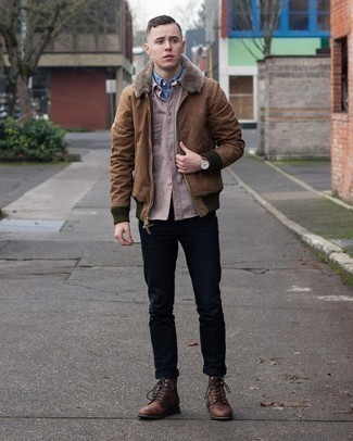 Black Jeans with Brown Jacket Outfits For Men In Their 20s: A brown jacket and black jeans? This is easily a wearable ensemble that any gent can wear a variation of on a day-to-day basis. Perk up your outfit by finishing off with dark brown leather casual boots. This outfit shows that as a younger gent, you have a vast array of style options.