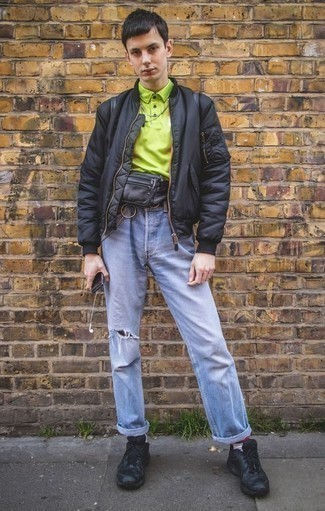 How to Wear a Black Leather Fanny Pack For Men: A black bomber jacket and a black leather fanny pack are a wonderful outfit to have in your day-to-day casual arsenal. Add black athletic shoes to the mix and ta-da: your outfit is complete.