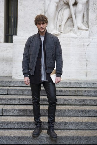 Men's Looks & Outfits: What To Wear In 2020: A charcoal bomber jacket and black leather jeans are essential in any guy's properly edited casual arsenal. Add black leather brogue boots to this ensemble for an extra dose of elegance.
