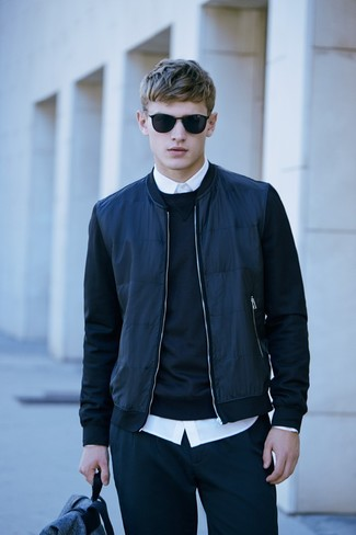 Sweatpants with Bomber Jacket Smart Casual Outfits For Men: Who said you can't make a stylish statement with a relaxed outfit? That's easy in a bomber jacket and sweatpants.