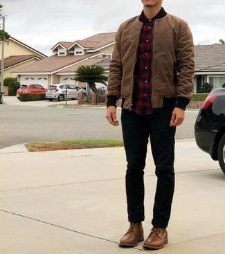 Brown Leather Casual Boots Outfits For Men: Consider pairing a brown bomber jacket with black jeans for a laid-back look with a modern twist. Exhibit your elegant side by finishing off with a pair of brown leather casual boots.