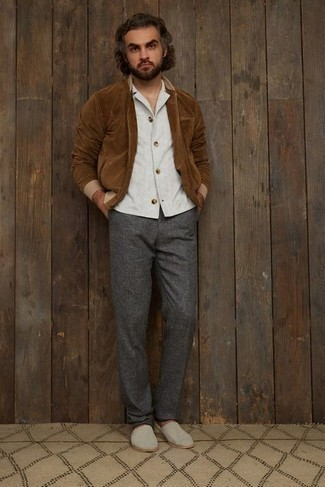 Brown Suede Bomber Jacket Outfits For Men: One of the most popular ways for a man to style a brown suede bomber jacket is to marry it with charcoal wool chinos for a casual look. If you're clueless about how to round off, a pair of beige canvas espadrilles is a fail-safe option.