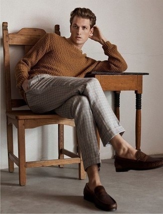 How to Wear Grey Plaid Chinos: This laid-back combination of a brown cable sweater and grey plaid chinos is a tested option when you need to look nice but have no time. To bring a little classiness to this outfit, complete this outfit with a pair of dark brown leather loafers.