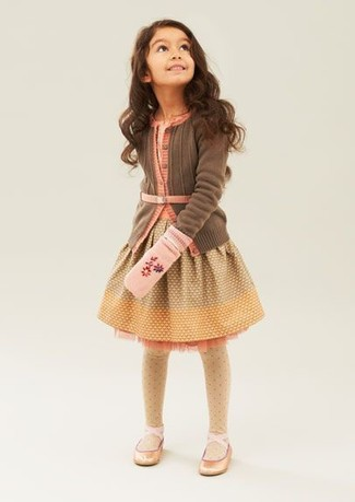 Girls' Looks & Outfits: What To Wear In 2020: Dress your mini fashionista in a brown cardigan and yellow dress for a comfortable outfit that's also put together nicely. Gold ballet flats are a wonderful choice to round off this outfit.
