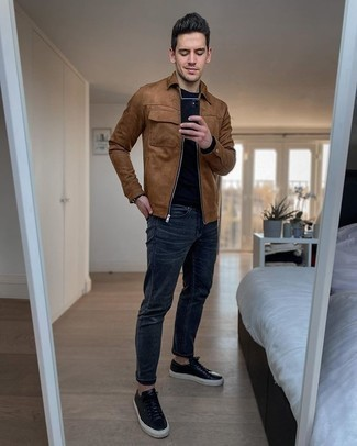 Black Long Sleeve T-Shirt Outfits For Men: Marry a black long sleeve t-shirt with navy jeans for an everyday getup that's full of charm and character. Now all you need is a cool pair of black leather low top sneakers.