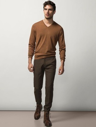Dark Brown Leather Casual Boots Outfits For Men: When the setting allows casual dressing, you can wear a brown v-neck sweater and dark brown chinos. When it comes to shoes, go for something on the dressier end of the spectrum and finish off this outfit with dark brown leather casual boots.