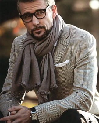 Rock a brown plaid wool suit jacket to look classy but not particularly formal.