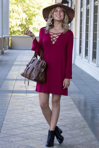How to wear: burgundy casual dress, black leather ankle boots, dark brown leather satchel bag, brown wool hat