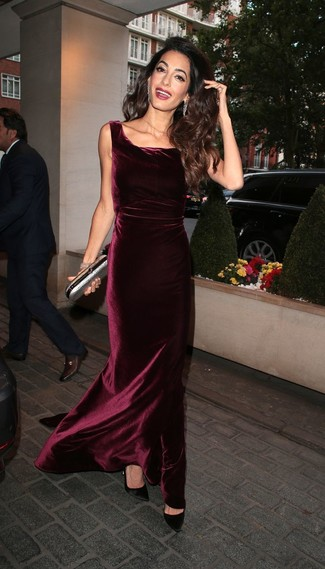 Women's Looks & Outfits: What To Wear In 2020: Reach for a burgundy velvet evening dress - this look is bound to make people go weak in their knees. And if you want to easily dress down this ensemble with a pair of shoes, introduce black satin pumps to the mix.