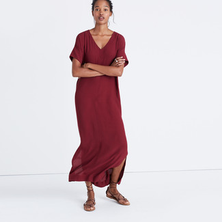 How to wear: burgundy maxi dress, dark brown leather gladiator sandals